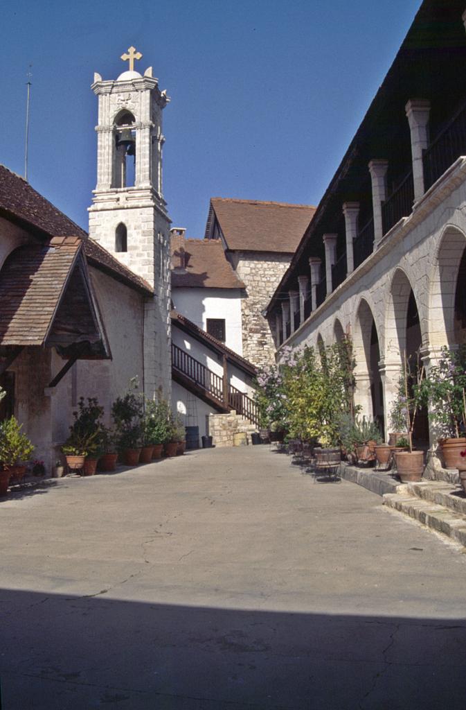 Das Kloster Chrysoroyiatissa im Ditrikt Paphos. Es ist bekannt für seinen Wein.