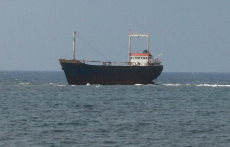Die MV Demetrios II auf Grund ca. 1km vor Paphos auf Grund.