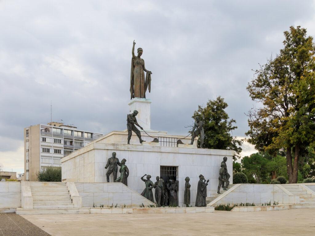 Zypern - Nikosia - Freiheitsstatue zum Gedenken der Unabhängigkeit Zyperns von den Briten
