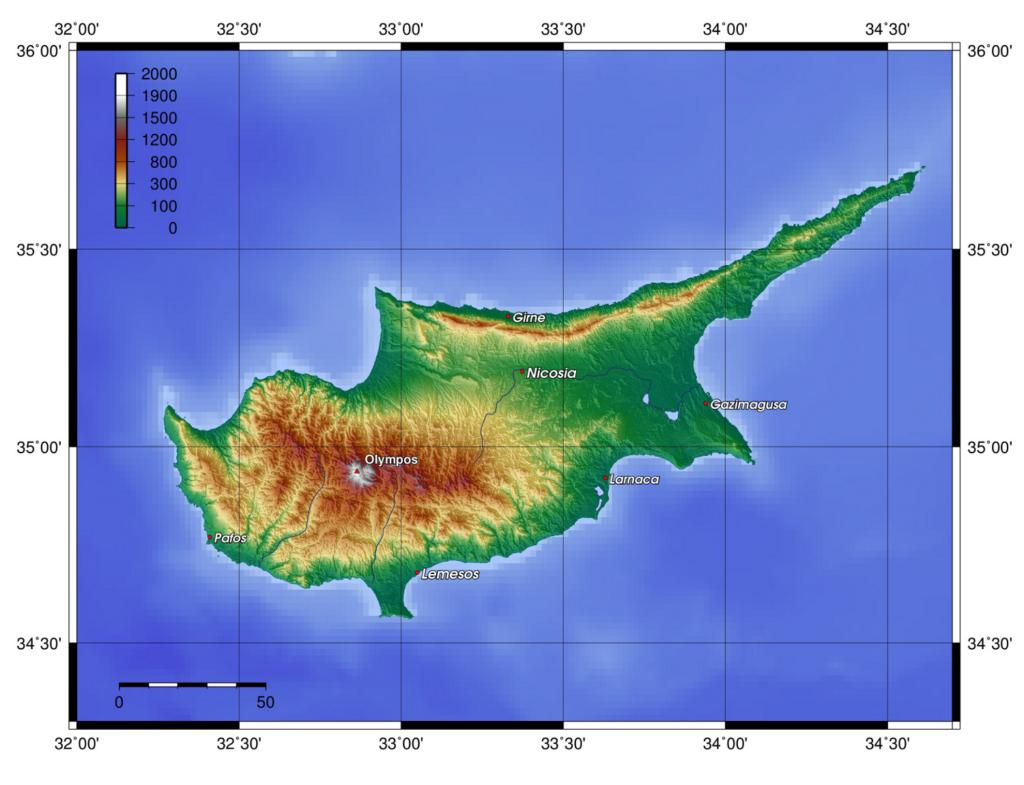 Die topographische Karten zeigt deutlich, dass sich zwischen den beiden Gebirgen die fruchtbare Ebene Mesaoria (gr. Μεσαορία -zwischen den Bergen) mit dem Hauptstadt Nikosia ersteckt.