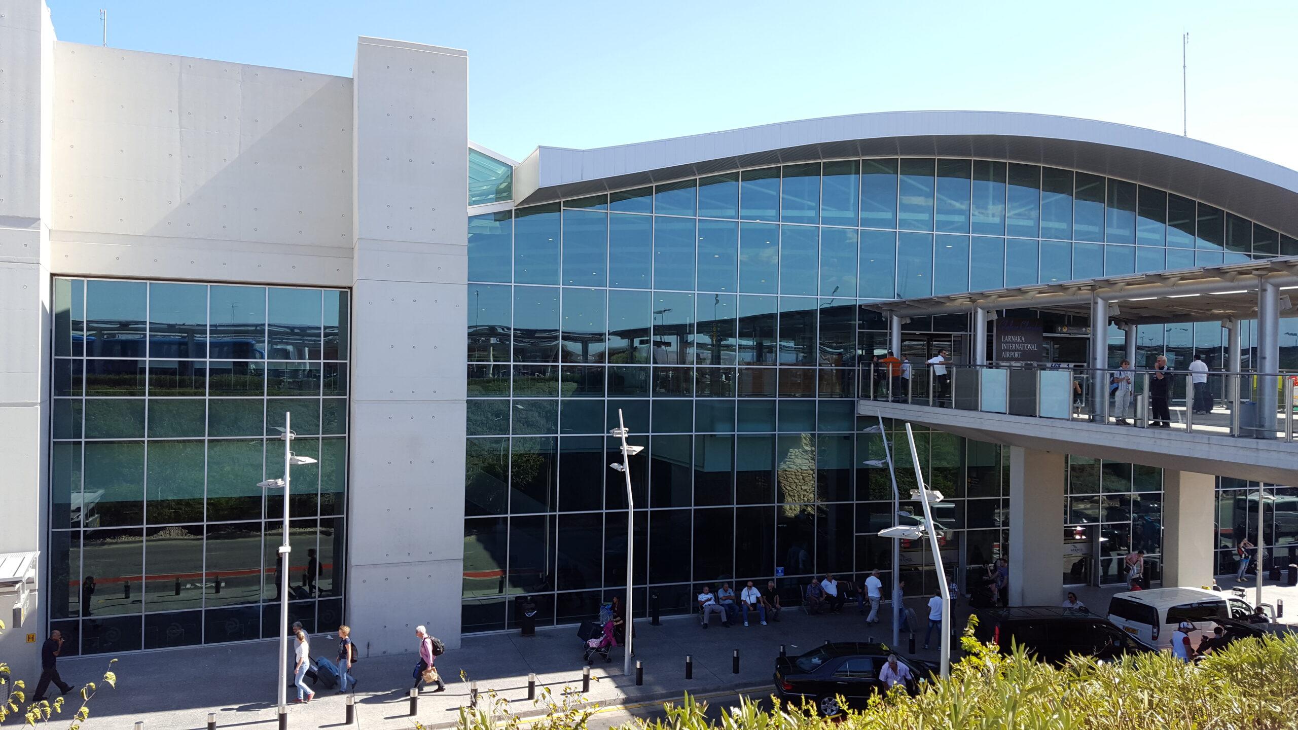 Zypern_Flughafen_Larnaka_LCA_Terminal